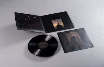 Bowie Fan Discovers Another Secret in Blackstar Record Sleeve